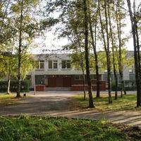 школа в микрорайоне Заря.