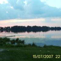 Вечірнє озеро в с. Озері