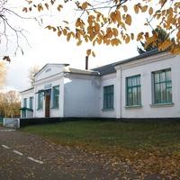 Школа в селі Антоновичі Словечанської сільради