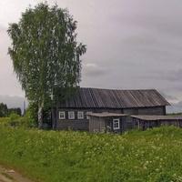 Один из домов Большой Серёдки