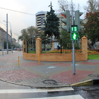 Сквер на Красноказарменной