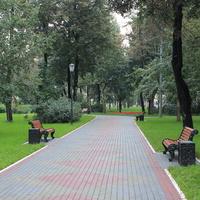 Сквер на Красноказарменной улице