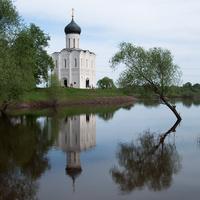 Храм у воды, Боголюбово