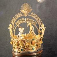 Корона внутри Кафедрального Собора