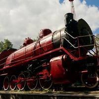 Паровоз-памятник «Красный коммунар»