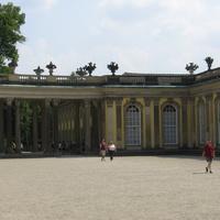 Во дворце  Сан-Суси