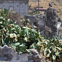 Лаццаро, старый город