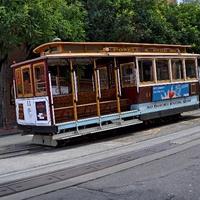 Старинные трамвайчики