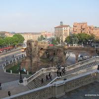 Площадь 20 сентября