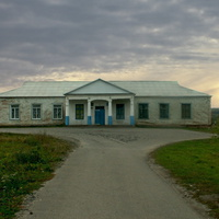 """Старое здание """"Культурно-досугового центра"""" в селе Большое Городище"""
