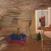 Саблино. Подземная часовня в пещере Левобережная