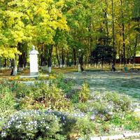 Памятник Артему (Сергееву) - революционеру