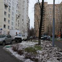 Болотниковская улица, 3 корпуса 1 и 8