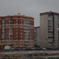 На Сизова.