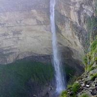 Водопад высота 90,70м