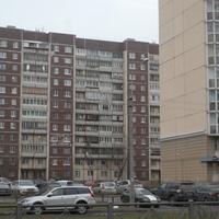 Проспект Королёва дом 43.