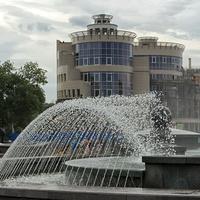 Фонтан на площади Петра