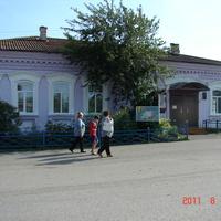 Основное здание Коптеловского музея.