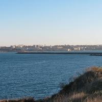 Вид на город и вход в Севастопольскую бухту из Херсонеса