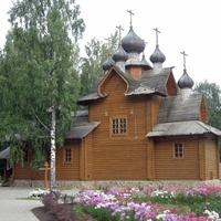 деревянная церковь в Сертолово - во имя преп.Сергия Радонежского, была заложена 16 Марта 2002г. и освящена в конце того же года.