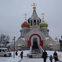 Красивый храм в Переделкино