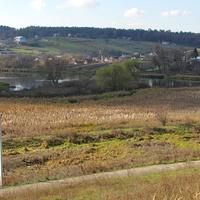 Вид на село и пруд