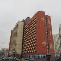 """Гостиница """"Карелия"""" «дом-чемодан», другой ракурс"""