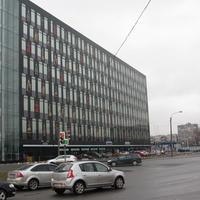 Правое крыло бизнес-центра Бенуа на Пискарёвском проспекте