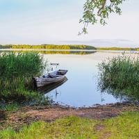 Берег озера Неспиш