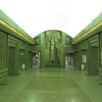 Перронный зал улицы Дыбенко