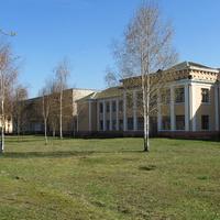 Бывшая школа-интернат