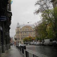 Одна из улиц в центре.