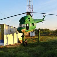 Вертолет - памятник