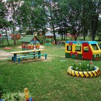 На площадке детского сада