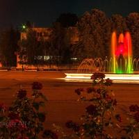 Панорама _ночной фонтан
