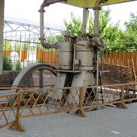 Дизельный двигатель мельницы Парамонова