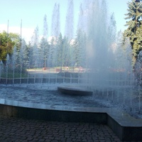 Фонтан в парку