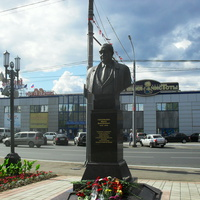 г.Оренбург, памятник Ю.Д.Гаранькину