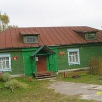 Клуб в деревне Шеино