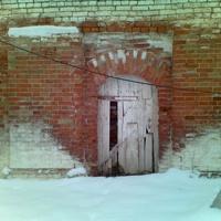Бывший вход в Св-Георгиевский монастырь,сейчас спецшкола