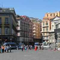 Вид с Пьяцца-дель-Плебишито