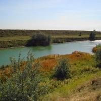 красавец канал-водная артерия хутора
