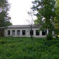Здание бывшей школы в селе Щетиновка