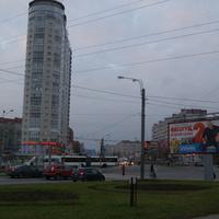 Перекрёсток улиц Стародеревенской и Ильюшина.