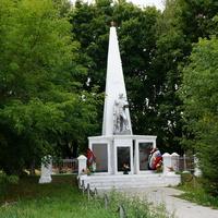 Дединово, памятник