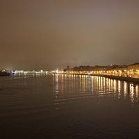 Вид на набережную Макарова с Тучкова моста.