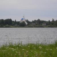 Вид от Заречья на противоположный берег