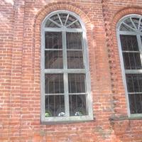 Кирпичная кладка церкви в д. Ясенское.