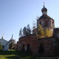 Караваево. Церковь Успения Пресвятой Богородицы.