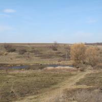 Тростинское поле, за горой ретранслятор